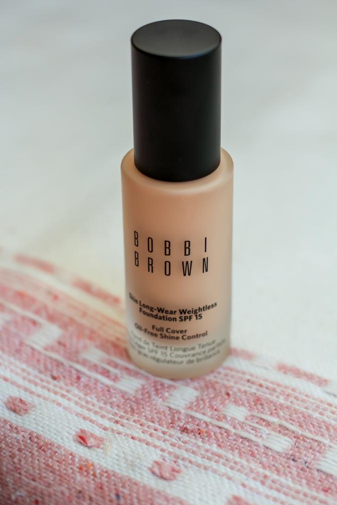 Bobbi Brown Skin Long-Wear Weightless Foundation